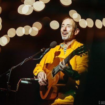 Jonathan Richman featuring Tommy Larkins on Drums