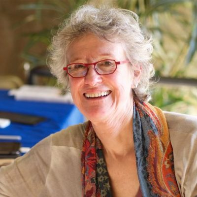 Arlie Russell Hochschild: Strangers in Their Own L...