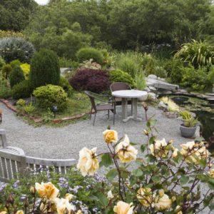 Garden Tour: Brunch in the Garden with Sally Rober...