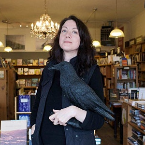LOCAL>> Poised to Soar: Helen Macdonald and ...