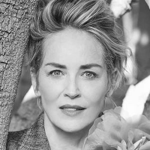 LOCAL>> Sharon Stone – The Beauty of Living Twice
