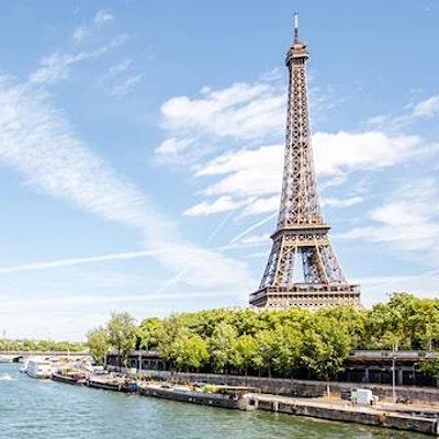 LOCAL>> Still Traveling: Picturesque Paris